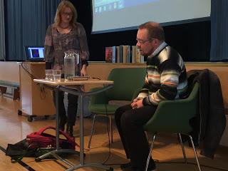 Karjalaiskirjailija Arvi Perttu vieraili lyseolla